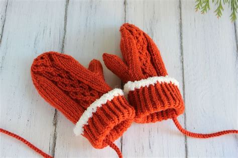 lined mittens knitting pattern fleece lined cable mittens knitting pattern