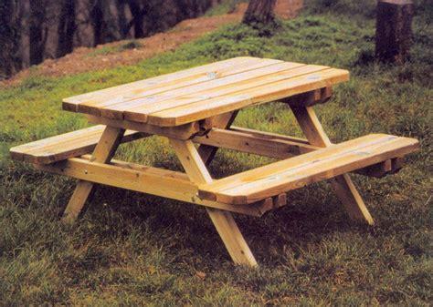 banc de picnic en bois le mobilier jardin en bois de degrif store