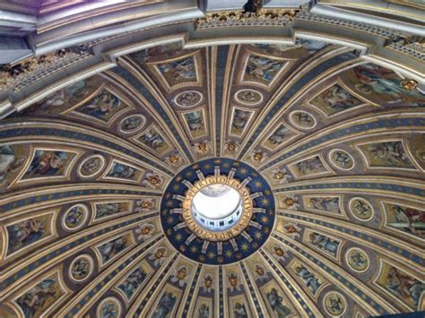 basilica di san pietro cupola salire a piedi sulla cupola della basilica di san pietro