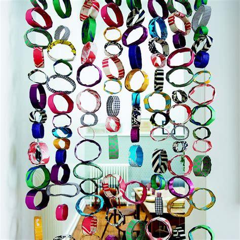 Rideau Papier by Fabriquer Un Rideau En Rouleaux De Papiers Multicolores