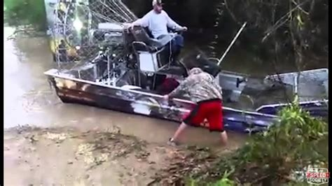 airboat vs car jeep gets stuck in a river saved by airboat doovi