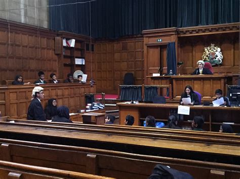 Justice Court Search Lister Scholars Visit Royal Courts Of Justice Lister Community School