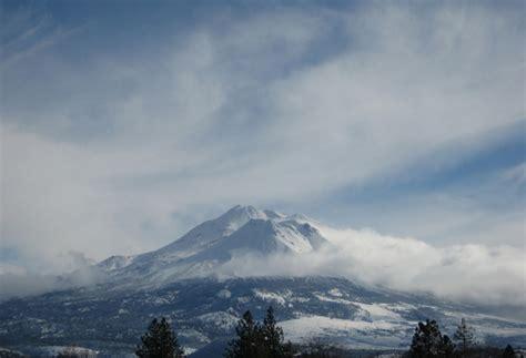 mountain shasta weather mount shasta by ayek1 photo weather underground