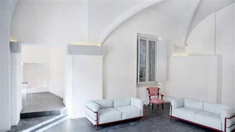 illuminazione faretti soffitto come illuminare un soffitto a volta con faretti e applique