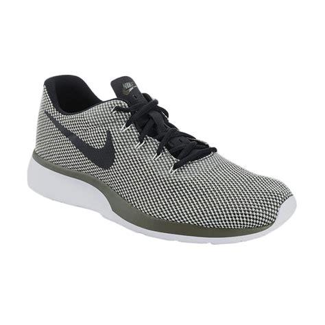 Sepatu Nike Tanjun jual nike running tanjun racer sepatu lari pria