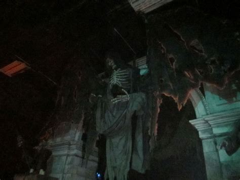 review  floor haunted house chicago