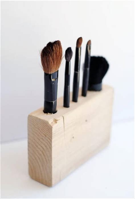 easy wood crafts for 10 diy wood projects ideas diy to make