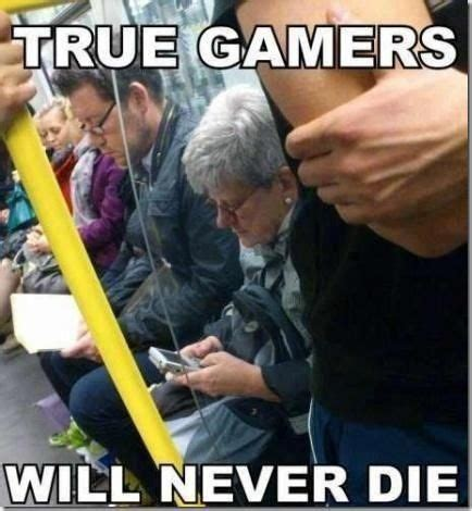 pin  ammie foster  nerdtastic video game memes