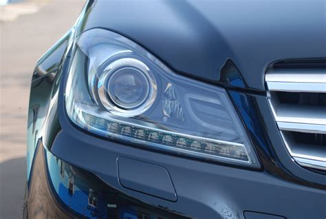 Headl Mercedes C 250 Hid differentiating xenon headlights in a c class mercedes benz