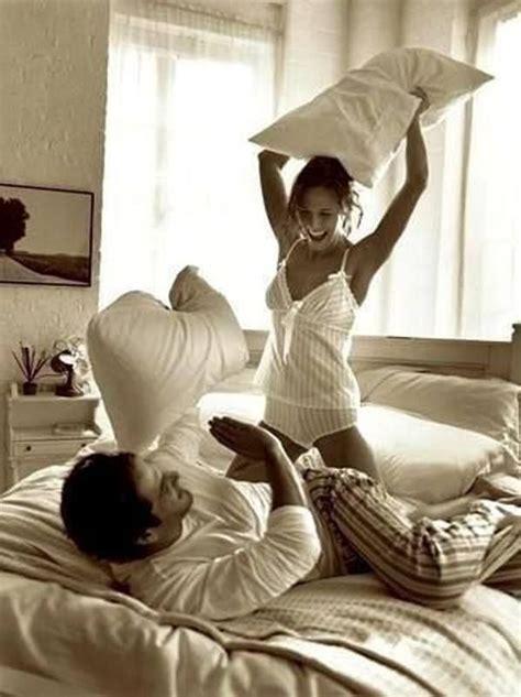 good morning kiss in bedroom pillow fight love pinterest