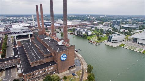 Auto Plus Ag Zentrale Wolfsburg by Reaktion Auf Den Abgas Skandal Vw Plant Quot Realit 228 Tsn 228 Here