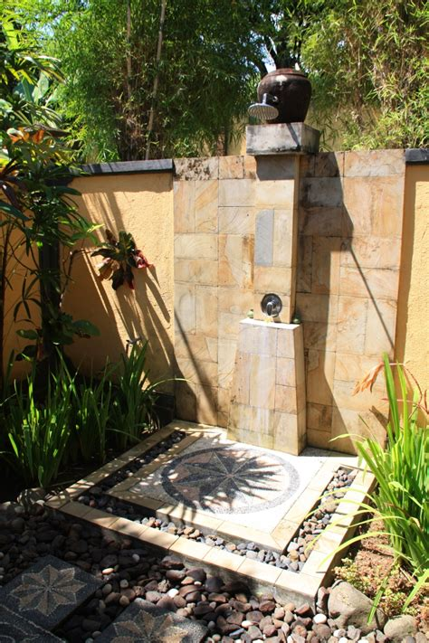outdoor bathroom designs 21 wonderful outdoor shower and bathroom design ideas beautyharmonylife