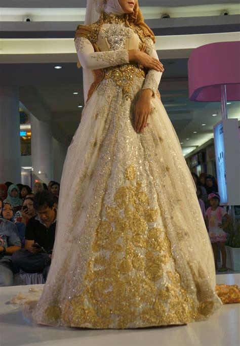 Model Gaun Kebaya Muslimah Untuk Pernikahan Elegan