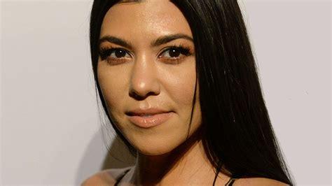kourtney kardashian kourtney kardashian goes blonde for jimmy kimmel stylecaster