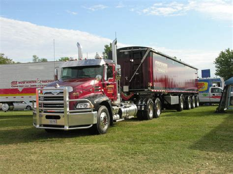 volvo rigs for sale volvo big rigs for sale 2018 volvo reviews