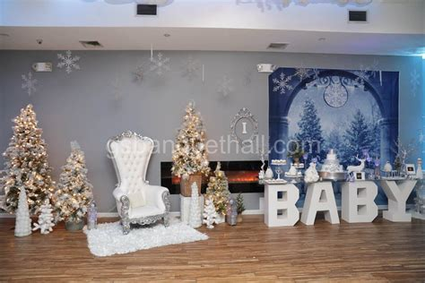 Winter Baby Shower Centerpieces by Winter Baby Shower