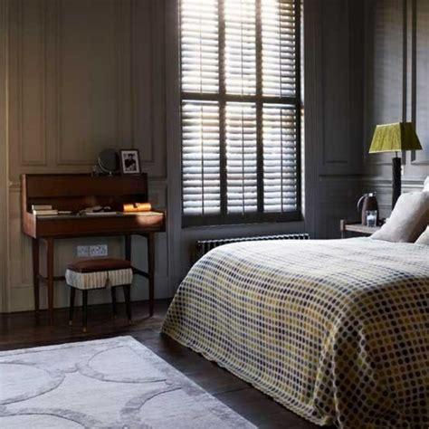 männer zimmer farbe wohnzimmer graues sofa