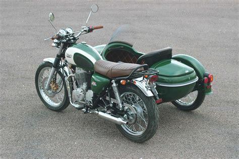 125ccm Motorrad Gespann by Mash Ordnet Vertrieb Neu Und Bringt Ein Motorradgespann