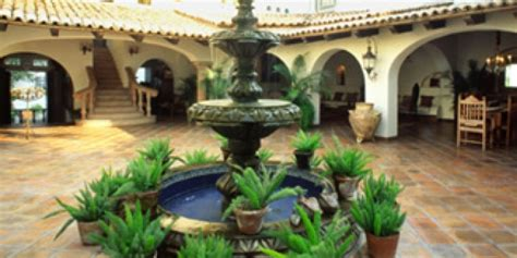 Small Spanish Style Homes haciendas de mexico wttw chicago