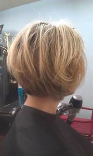 back view of layered hairstyles back of bob haircuts view autos weblog