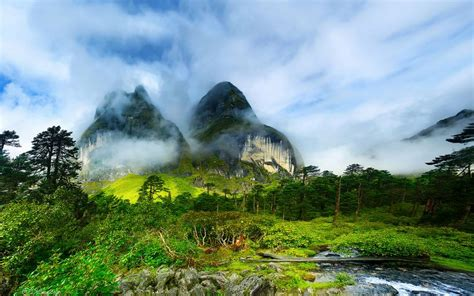 10 most beautiful valleys in the world around the world most beautiful valleys in the world 2017 top 10 list
