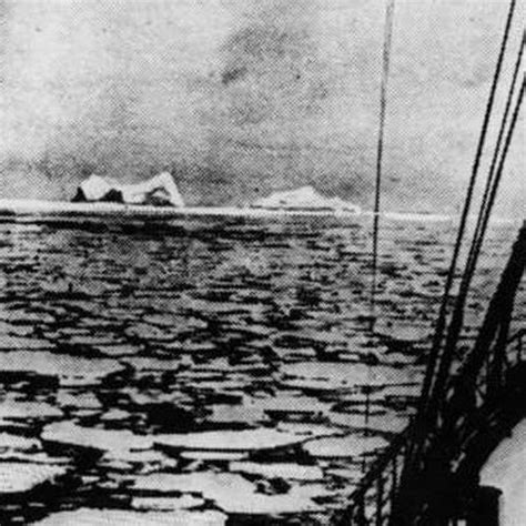 pictures of the titanic sinking 28 titanic photos from before and after its renowned