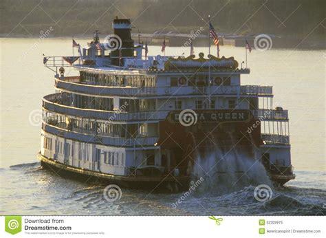 barco a vapor seculo xix a rainha do delta uma rel 237 quia da era do barco a vapor do