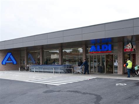 Aldi Background Check Aldi Nord Mit Neuem Marktkonzept In Gent