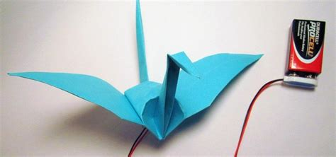 How To Make Paper Swan With Flapping Wings - how to make an electronic origami crane that flaps its own