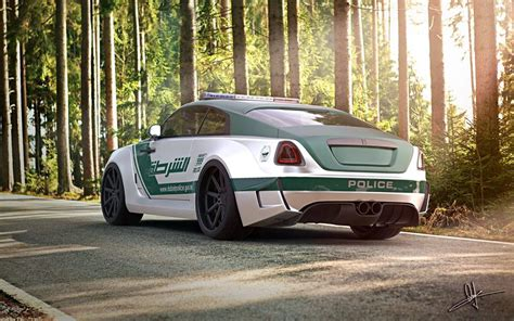roll royce dubai dubai police officer spotted in bugatti veyron autoevolution