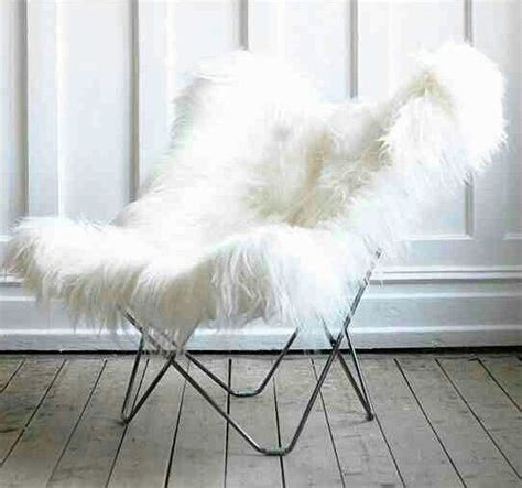 fuzzy white desk chair white fuzzy butterfly chair ḻớv mod wishes