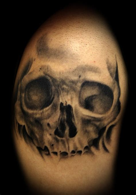 tattoo black and grey skull black and grey skull tattoo by kelly doty tattoos