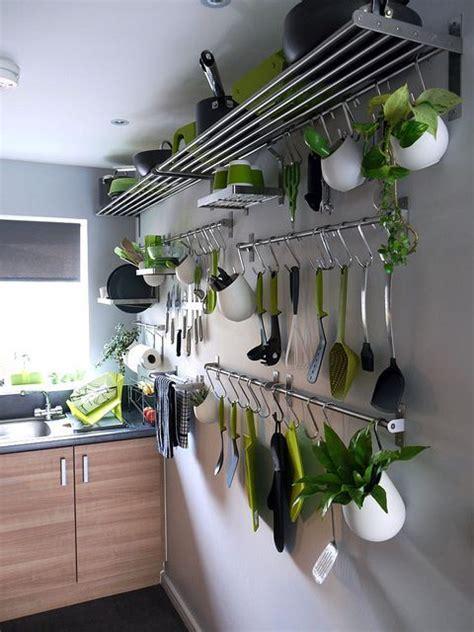 come arredare una parete vuota arredare parete vuota cucina confortevole soggiorno