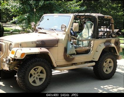 jeep wrangler in digital desert camo desert camo jeep search vehicle camo
