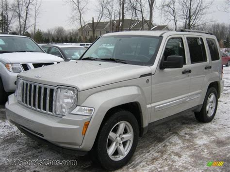 Light Jeep Liberty 2009 Jeep Liberty Limited 4x4 In Light Graystone Pearl