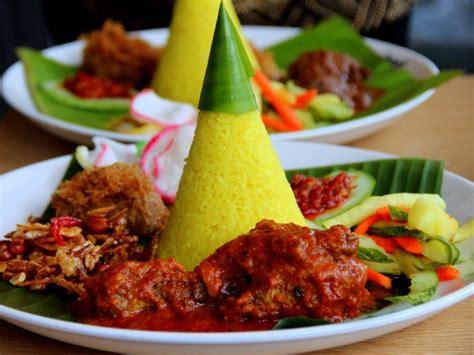 cara membuat nasi kuning lengkap dengan lauk pauknya mau buka usaha katering rumahan 9 menu makanan ini bisa