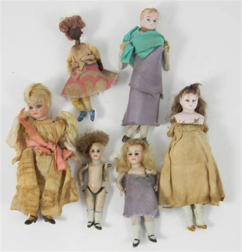 five dolls in a house five dolls house dolls