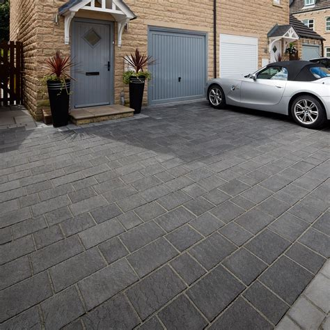 Concrete Block Garage Designs drivesys 174 patented driveway system flamed stone