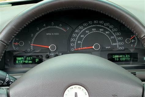 2003 infiniti m45 vs 2003 lincoln ls v 8 midsize sedan comparison motor trend