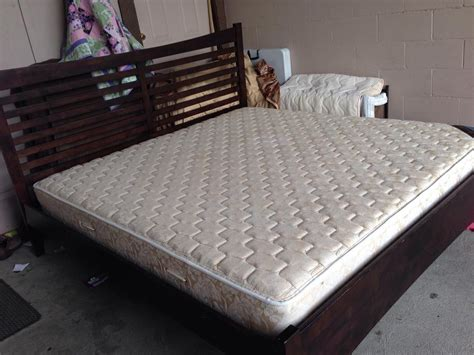 park bench 92y used king size bed king size bed wood frame and serta