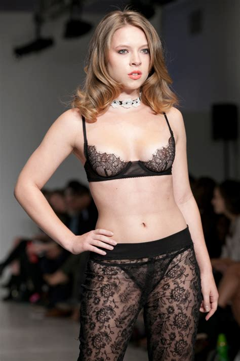 andr 233 e ciccarelli lfw runway show lingerie talk