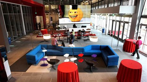 youtube offices office design envy awesome office spaces at 10 brands you