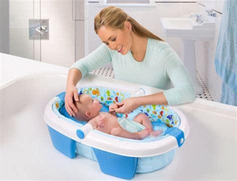 Bak Mandi Bayi Empuk tips memilih tempat mandi bayi bandunglife