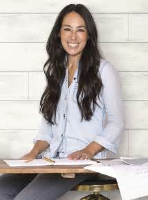 joanna gaines 5 reasons to fixer s joanna gaines