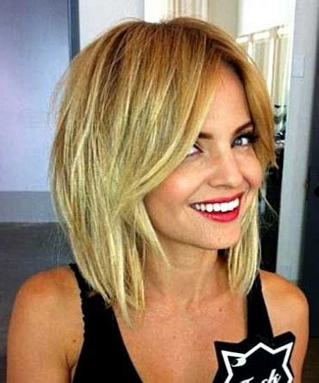 Layered Medium Hairstyles 2016 by Medium Layered Haircut 2016