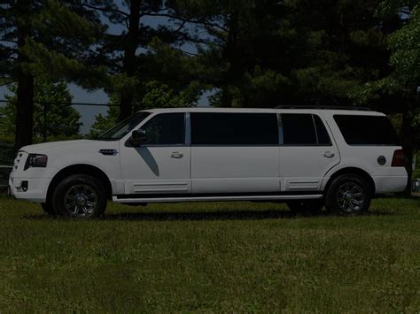 executive limo ford expedition white suv limo black tie executive limo