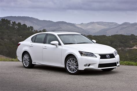 lexus canada embrace the journey the 2014 lexus gs luxury sedan