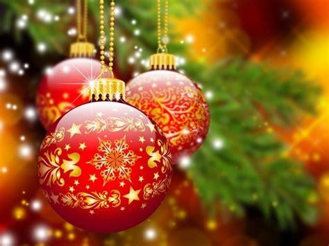 why do people hang balls on christmas trees quora