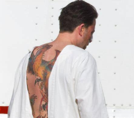 back tattoo ben affleck ben affleck inks huge back tattoo thecount com