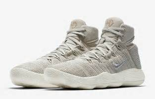 every nike basketball shoe made 2017 nike hyperdunk review men s health